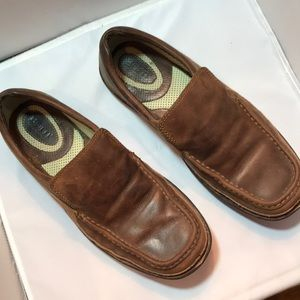 Born 10.5 men's leather slip on loafers